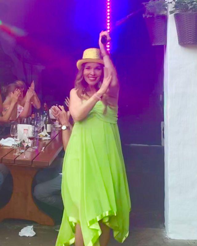 Idag fyller vår egen Hanna år!!! Hurra! Hurra! hurra! Hurra! 🎉🎉🎉🎉 #birthdaygirl #music